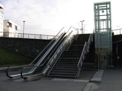 El fabricante de escaleras eléctricas y ascensores Schindler Group utiliza la plataforma Windchill PDMLink de PTC para mejorar la colaboración entre los equipos de trabajo